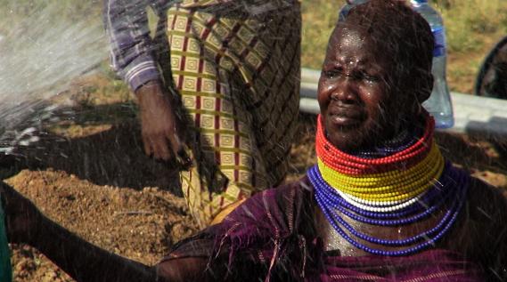 Femme Turkana_photo 12